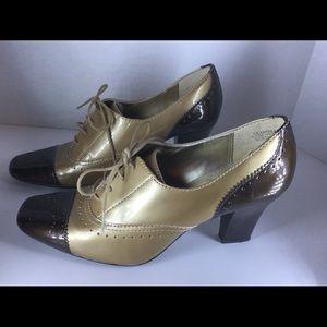 Anne Klein Size 6 High Heels